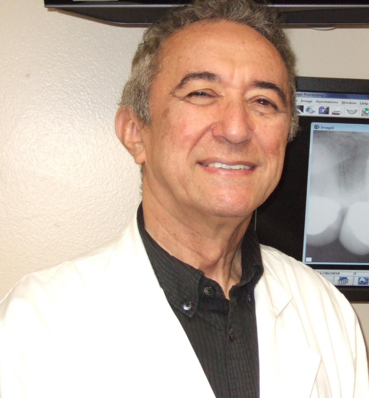 Dr William Saraiva